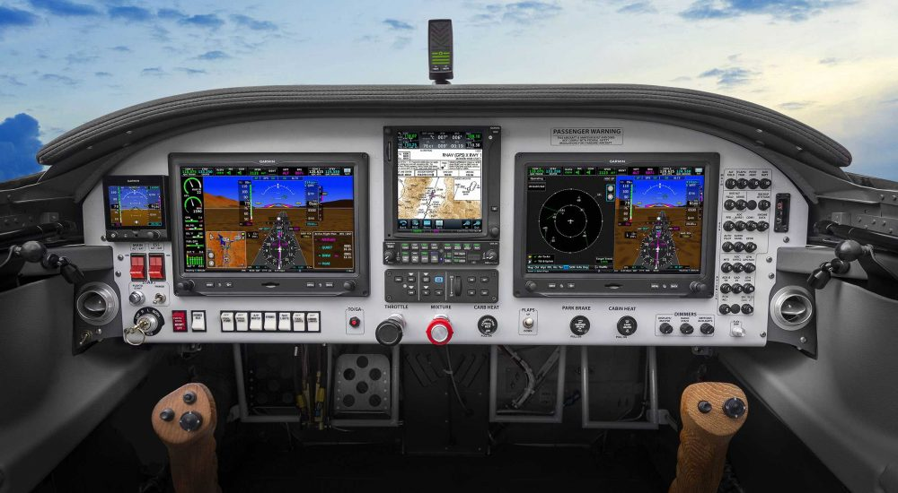 Airplane Instrument Panel : Garmin launches new efis and audio for permit aircraft flyer