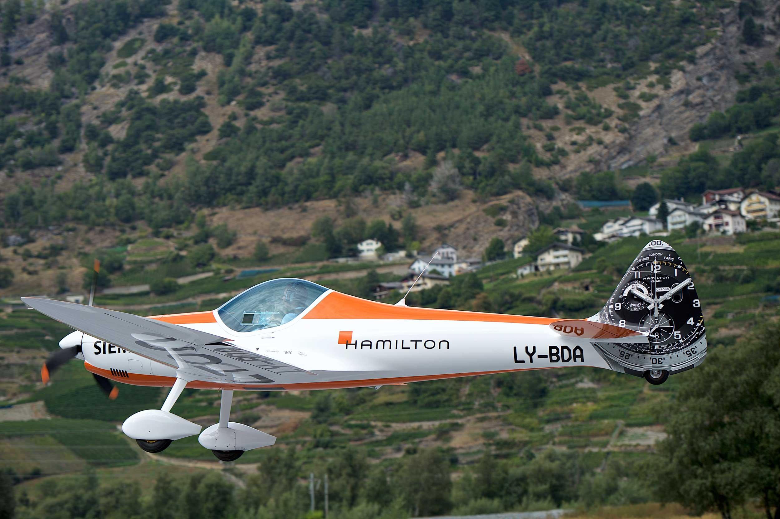 Hamilton reveals electric Twister - FLYER