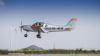 Sonaca 200 first flight