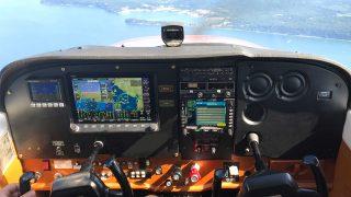 Dynon SkyView HDX in Cessna 172