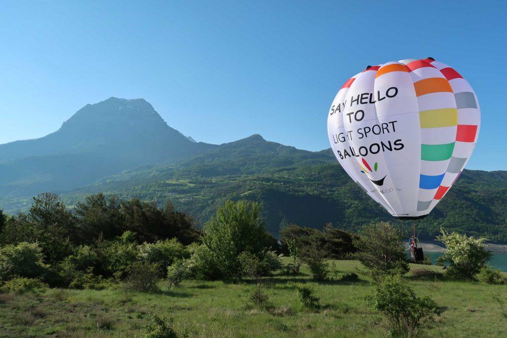 FlyDOO balloon