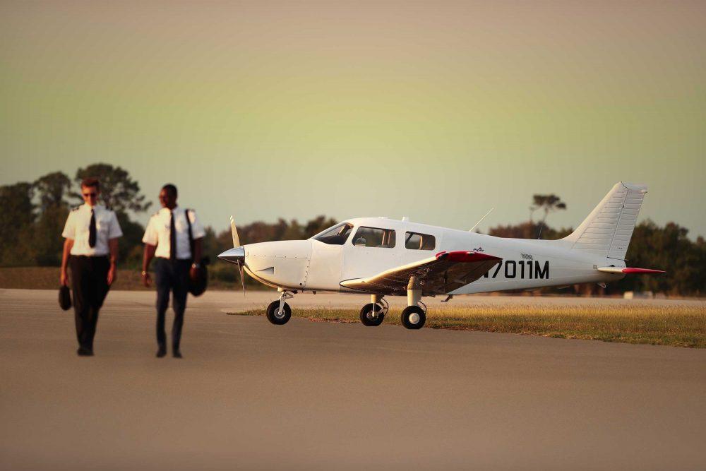 Piper Pilot 100