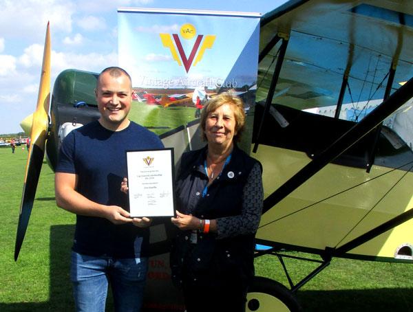 Jon Hartle VAC taildragger winner