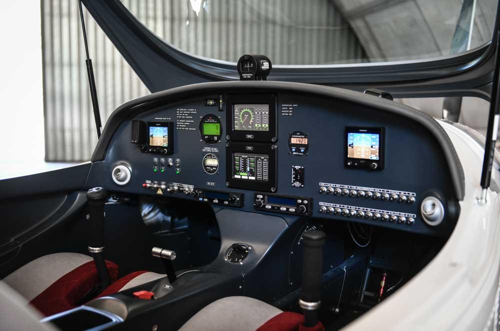 Bristell Energic cockpit