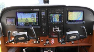 Dynon Cessna 172