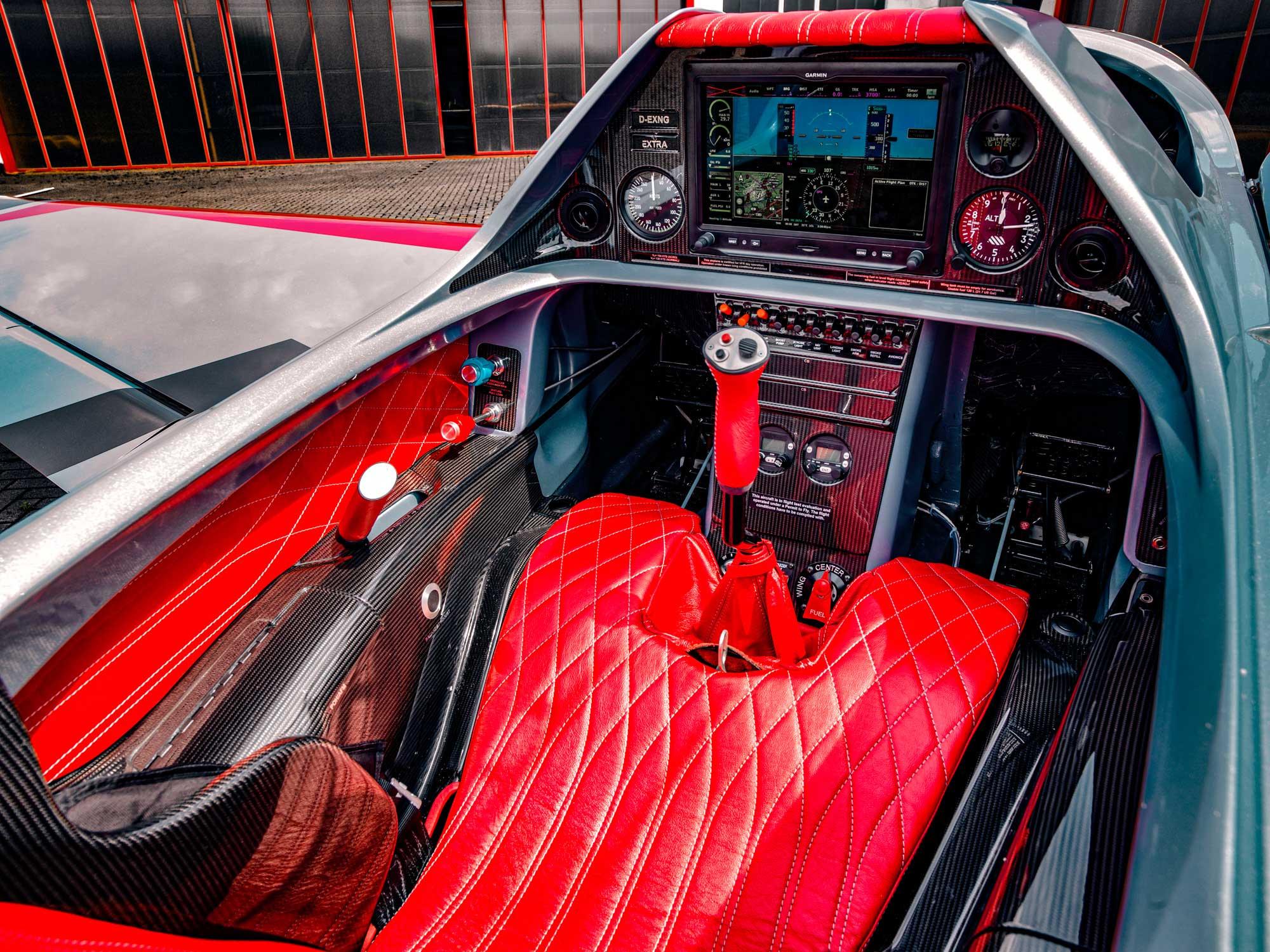 Extra NG cockpit
