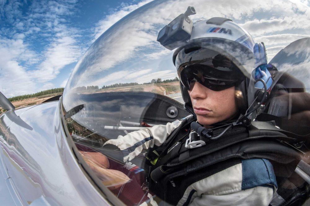 Melanie Astles aerobatics