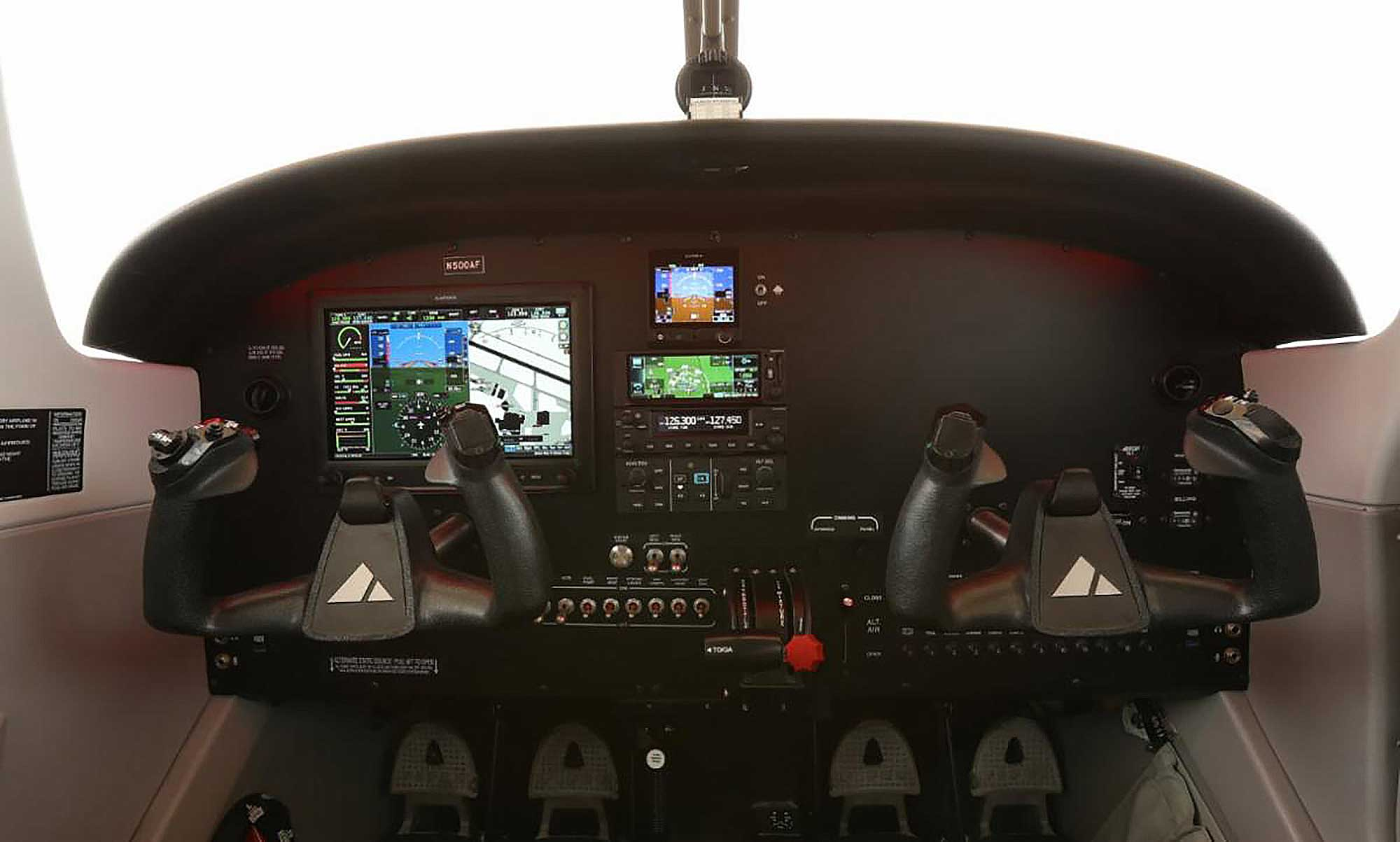 Piper Pilot 100i panel